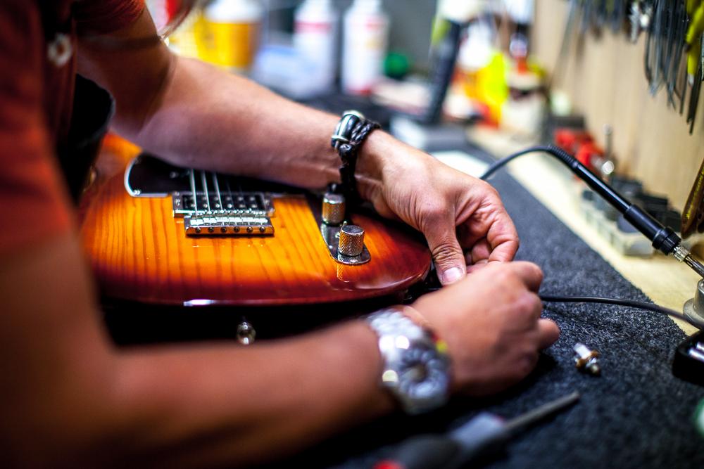 guitar-doctor-penzance-2.jpg
