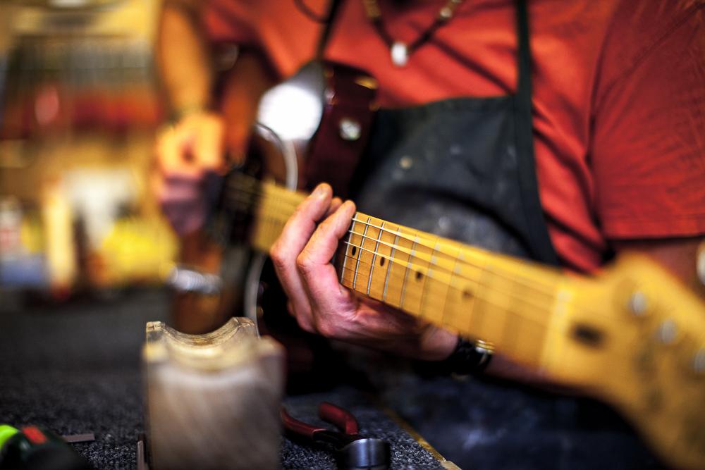 guitar-doctor-penzance-11.jpg