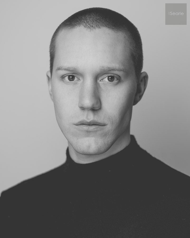 black-white-actor-headshot-2.jpg