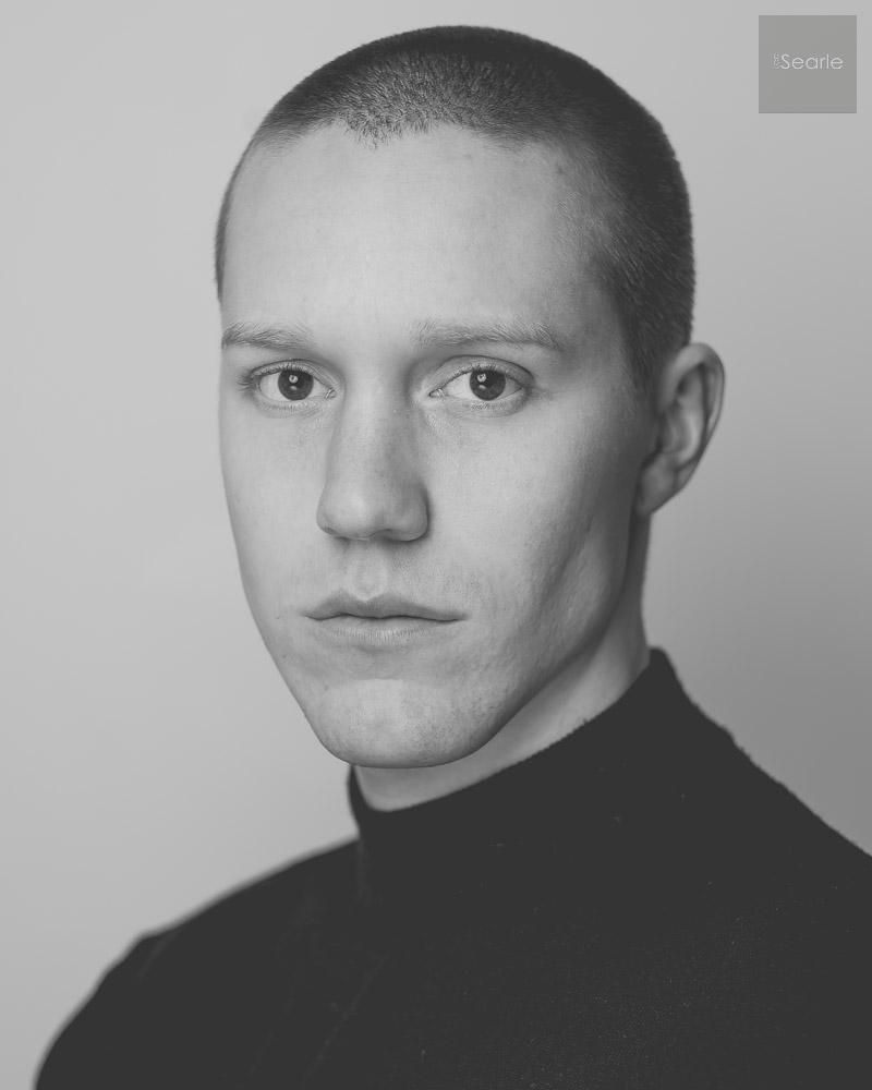 black-white-actor-headshot-3.jpg