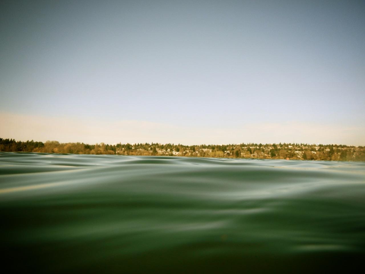 Calming swells