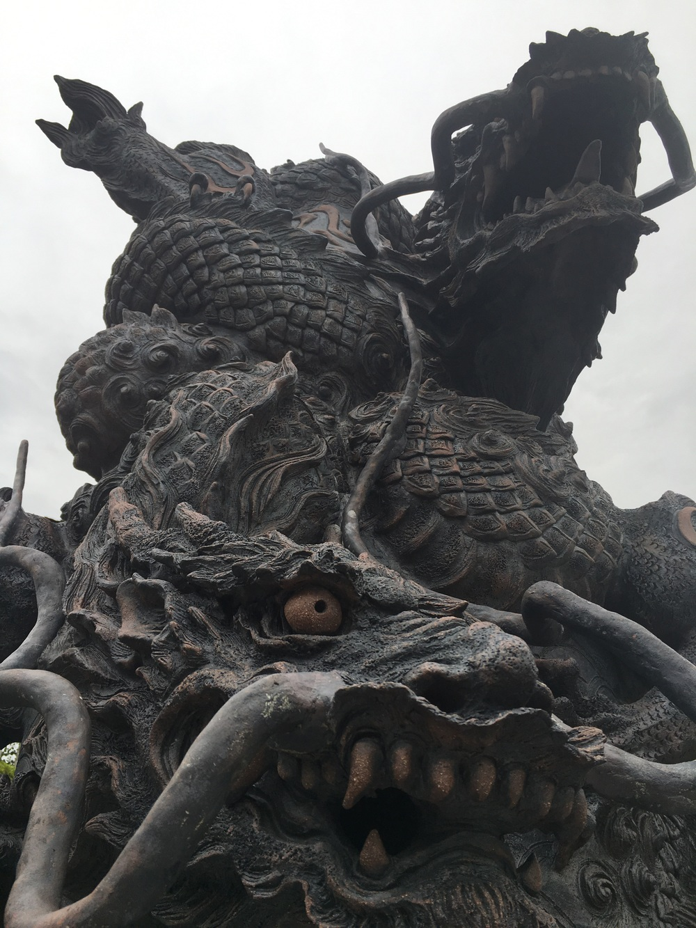 I dont have a photo of the love stone thing, so here's an awesome dragon instead