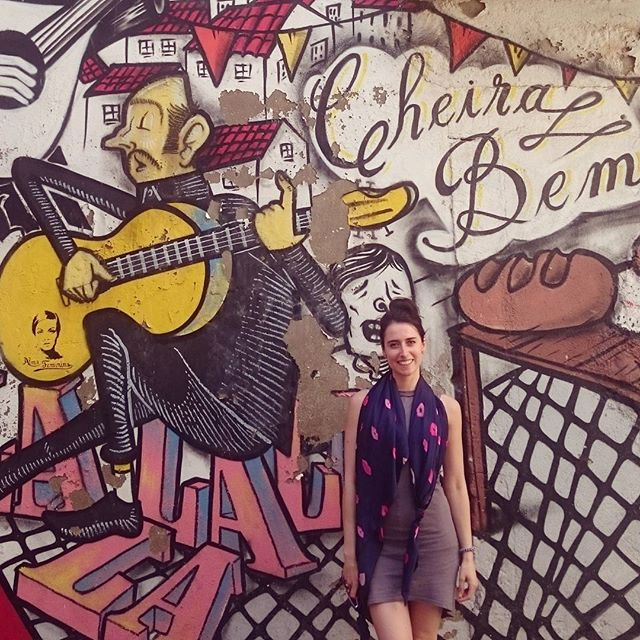 A day in Lisbon 🍒#inspiration #graffitiart #Lisbon #portugal #silkscarf #kisses #print #colour #inspiring #beautiful #rustic