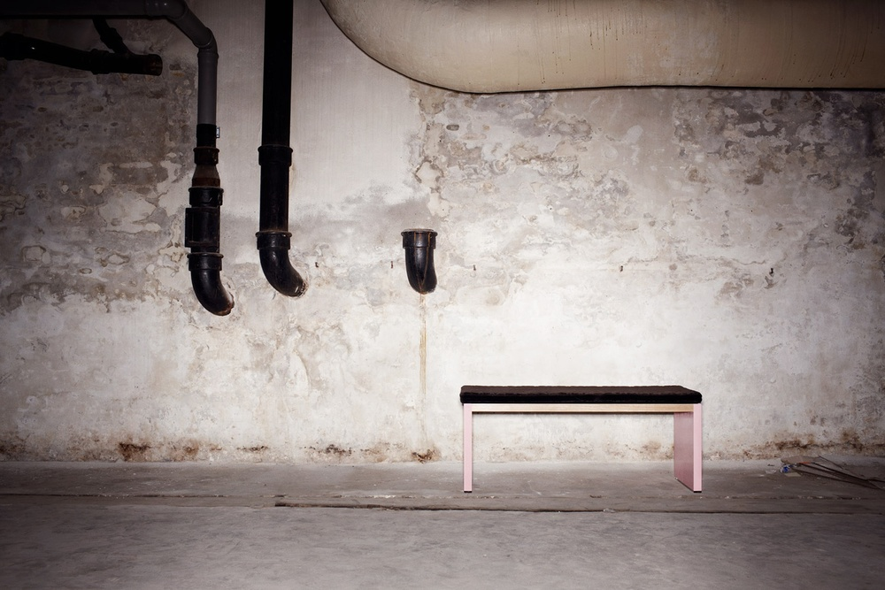 St. Anna Bench - Black & Pink