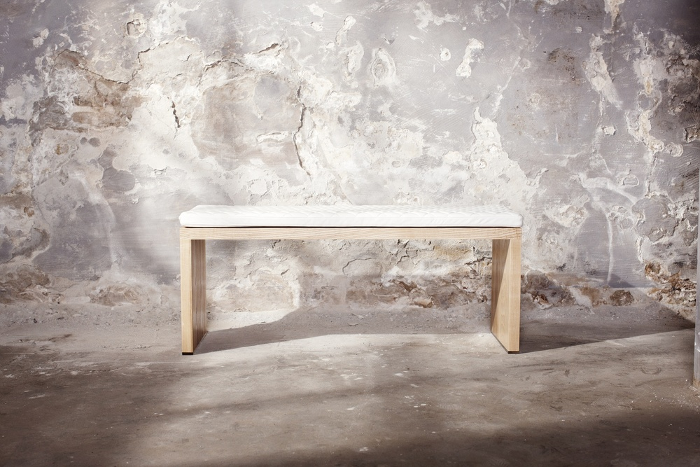 St. Anna Bench - White