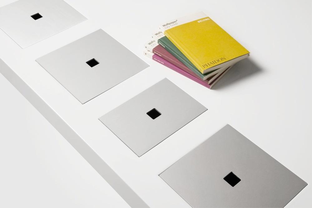 4_Lids_Detail_Books_Classic_Milk.jpg