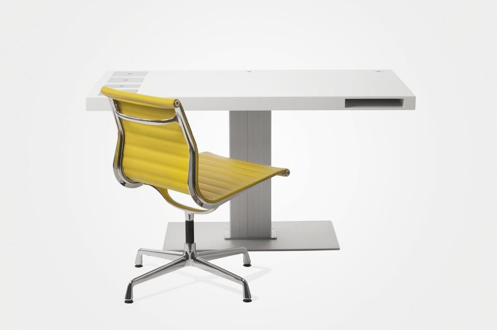 Milk_Classic_Yellow_Chair.jpg