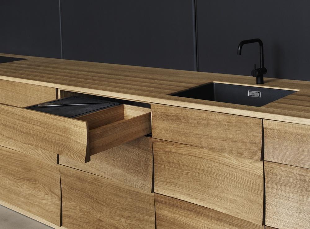 soren-rose-reflect-kitchen.jpg