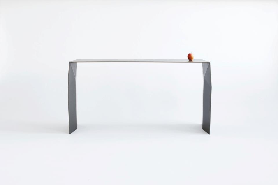 Tribeca Volley Table