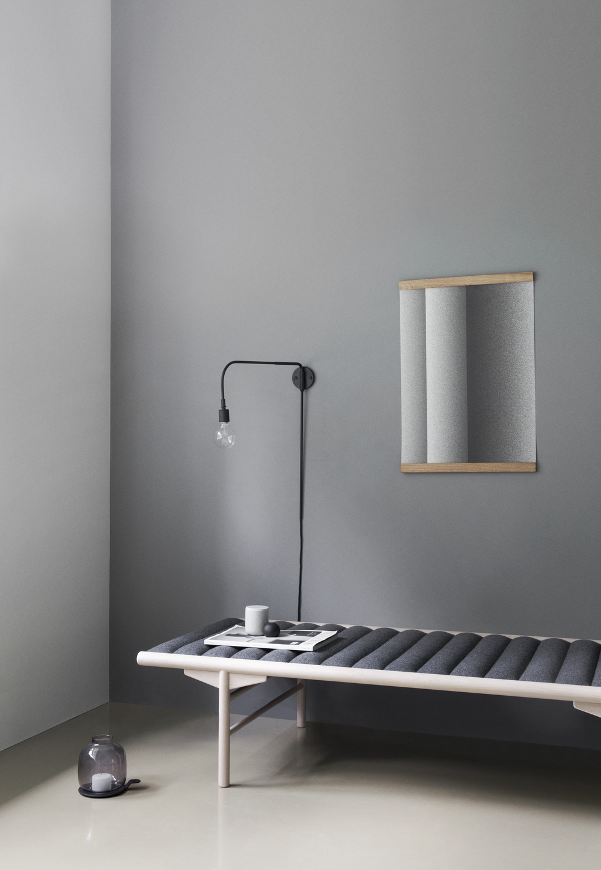 Enter Mirror -W: 26cm x H: 36cm