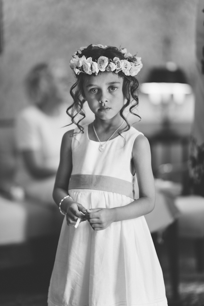 wedding photographer in Tuscany , wedding in italy , wedding in tuscany , flower girl , wedding flowers , wedding location in tuscany , wedding planner in tuscany