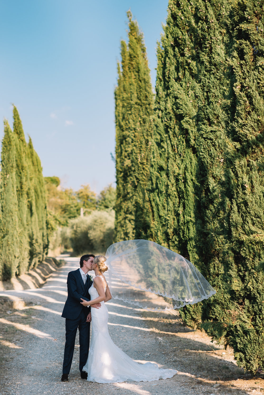 Wedding_Photographer_in_Tuscany_Italy-019.jpg