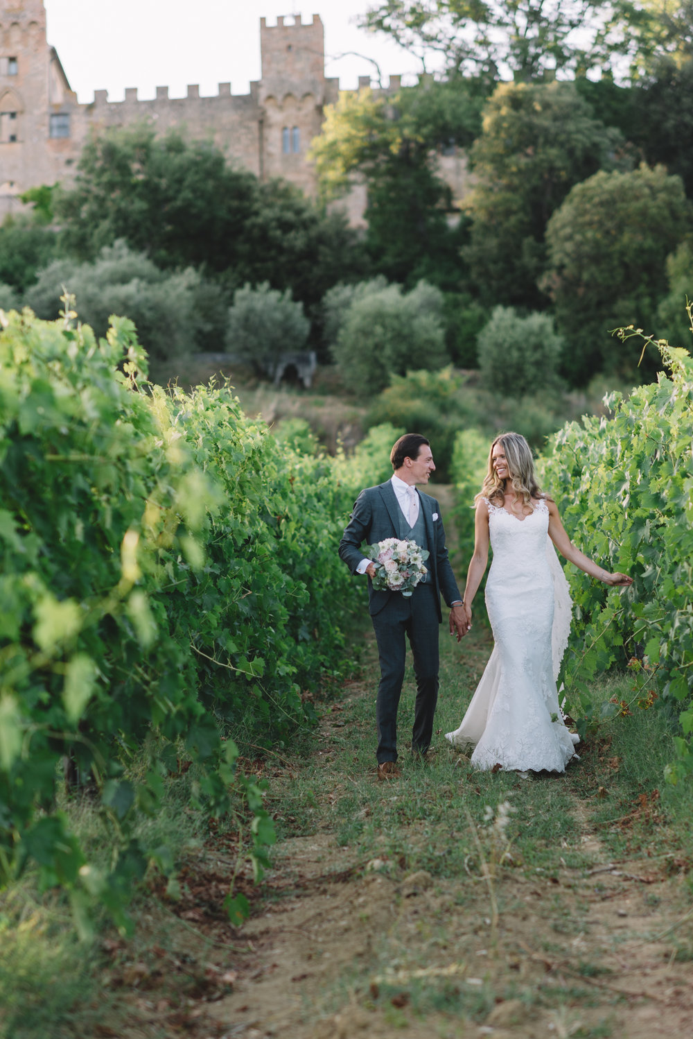 Wedding_Photographer_in_Tuscany_Italy-028.jpg