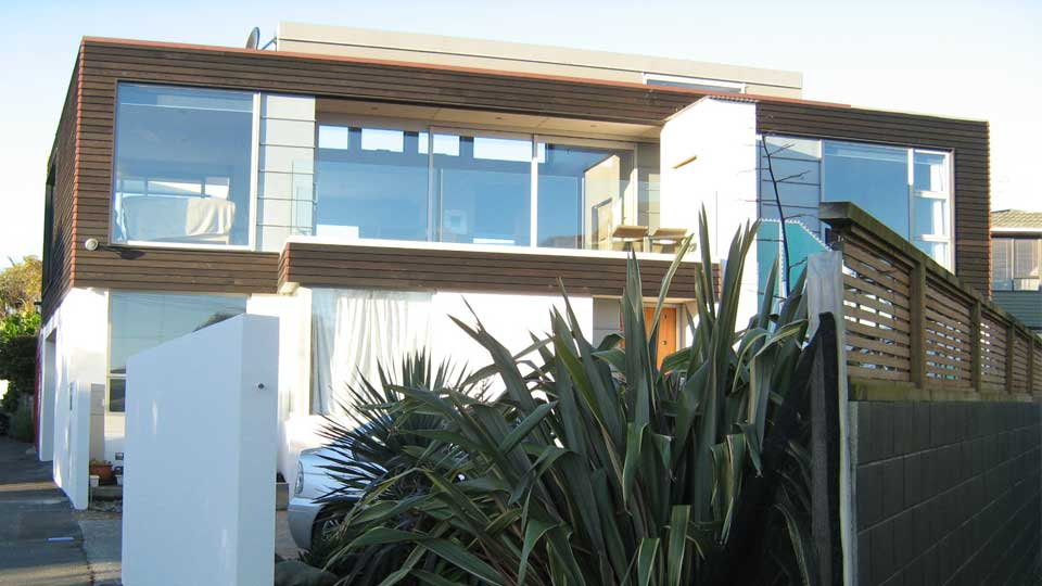 Plimmerton-Beach-House_1.jpg