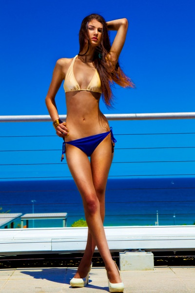Jatali-Giselle-Nude-Navy-Bikini.png