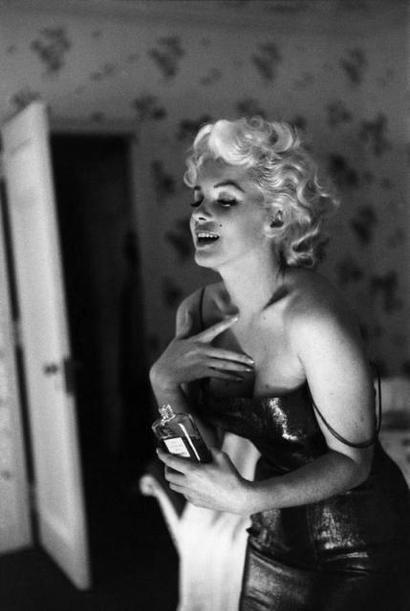 marilyn-monroe-chanel-no-5-ad.jpg