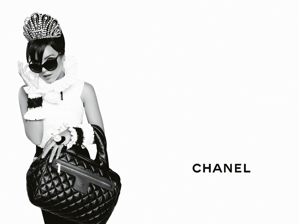 CHANEL-Coco-Cocoon-Lily-Allen-advertising-campaign-by-Karl-Lagerfeld-01.jpg