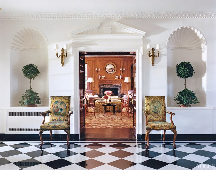 Designer Tory Burch's Sitting Room  (Image: vogue.com)