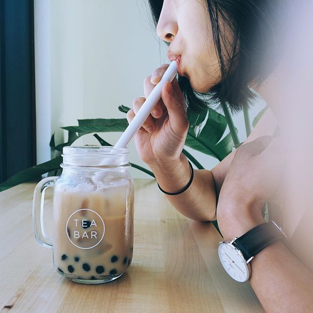 Vanilla rose almond milk tea. Definitely need a little pick-me-up today. Why don't we have this in Atlanta?? #tbt⠀ #teabar #teabarpdx