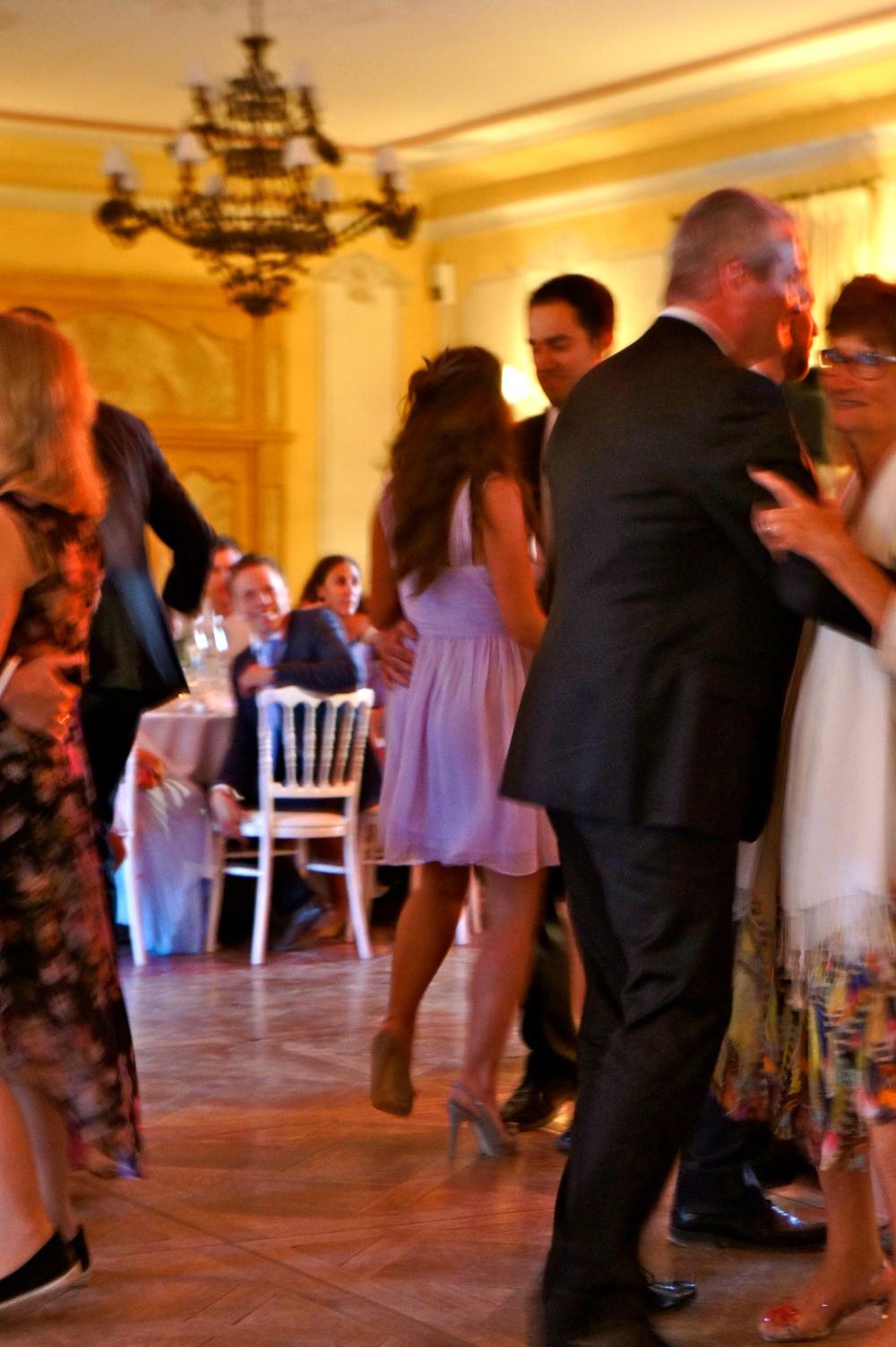 Caroline & Jason Dancing