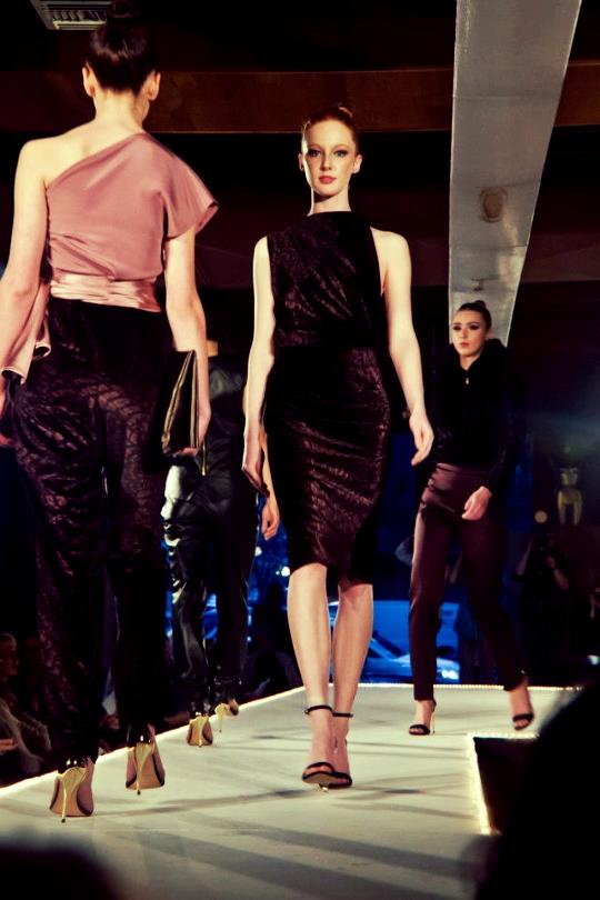 Desirae Bloomquist @ SMG Models (Back: Synnove Vandal, Background: Samantha Visscher, both @ SMG Models) Photo Source: https://www.facebook.com/photo.php?fbid=10151606185215152&set=a.10151606184730152.1073741825.614020151&type=3&theater
