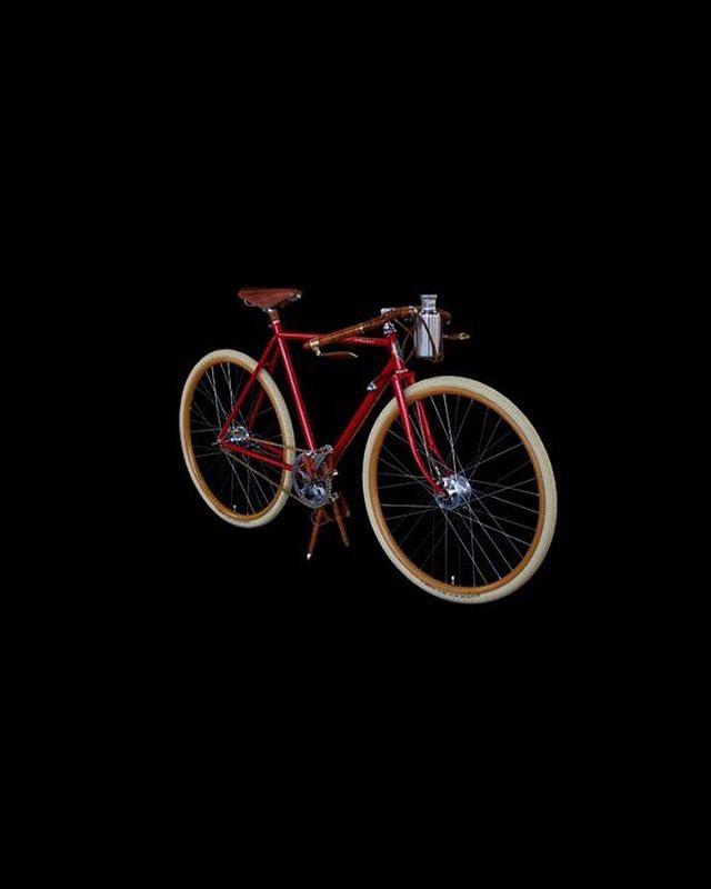 Ascari Rossa a homage to Alberto Ascari.