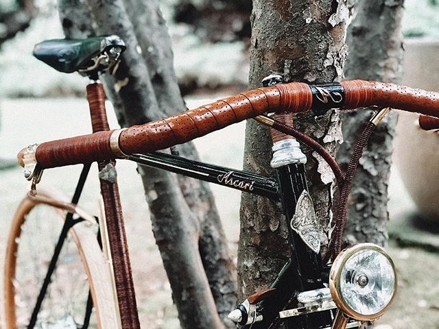 Nature and bicycles... We've been exploring new places...🌲🚲 Thanks @annamaria_sandegren for capturing this moment.