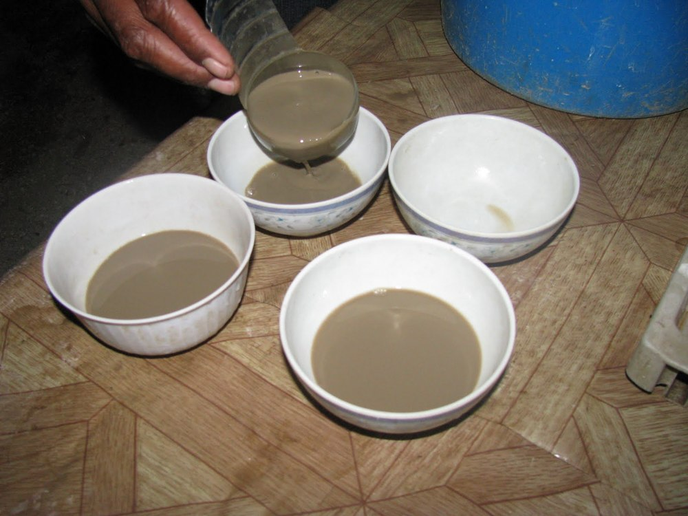 KAVA IS SERVED IN SCOOPS.