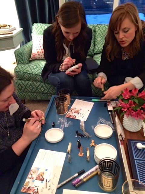 Bloggers + crafts.