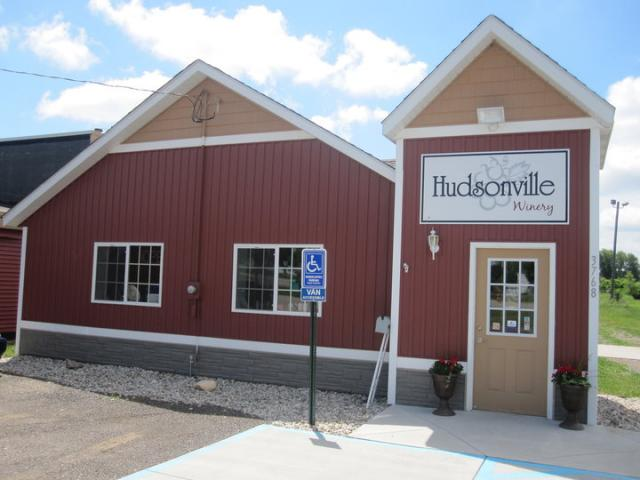 Photo Credit: Hudsonville Winery