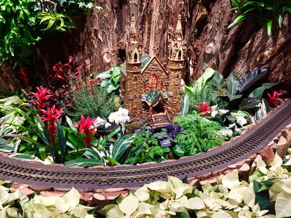 meijer gardens train.jpg