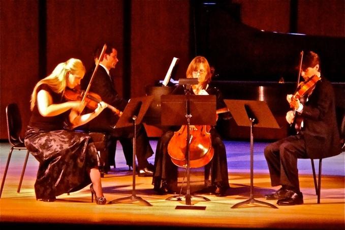 ltr: violin Elizabeth Hedman, piano Timothy Durkovic, cello Paula Fehrenbach, viola Michael Lieberman (me)