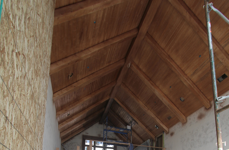 New%20Construction%20Painting%20Catherdral%20Stained%20Wood%20Ceiling.JPG