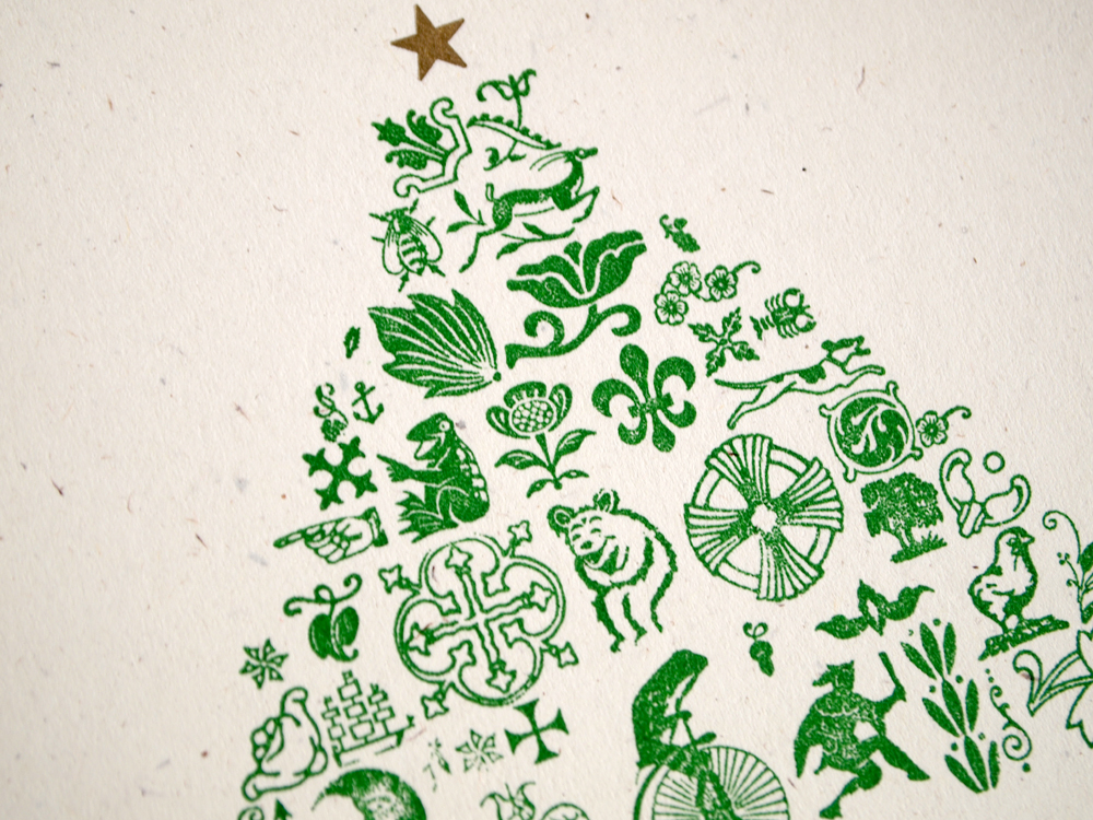 dingbat-christmas-tree-closeup.jpg