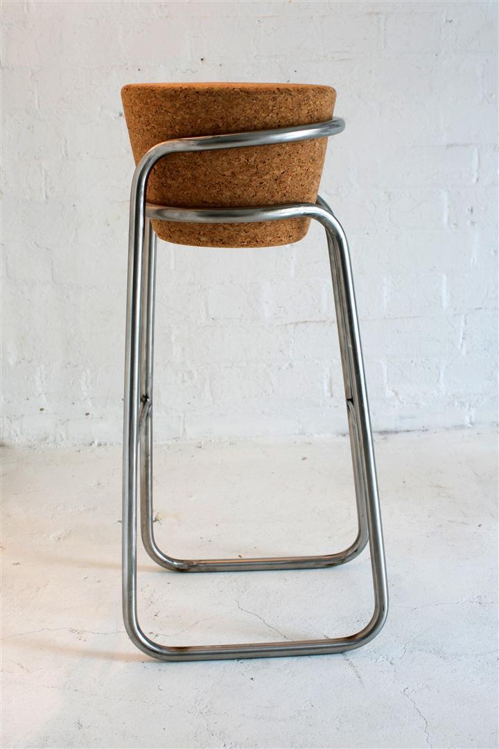 round stool.jpg