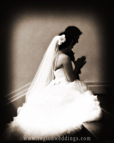 bride-groom-praying.jpg