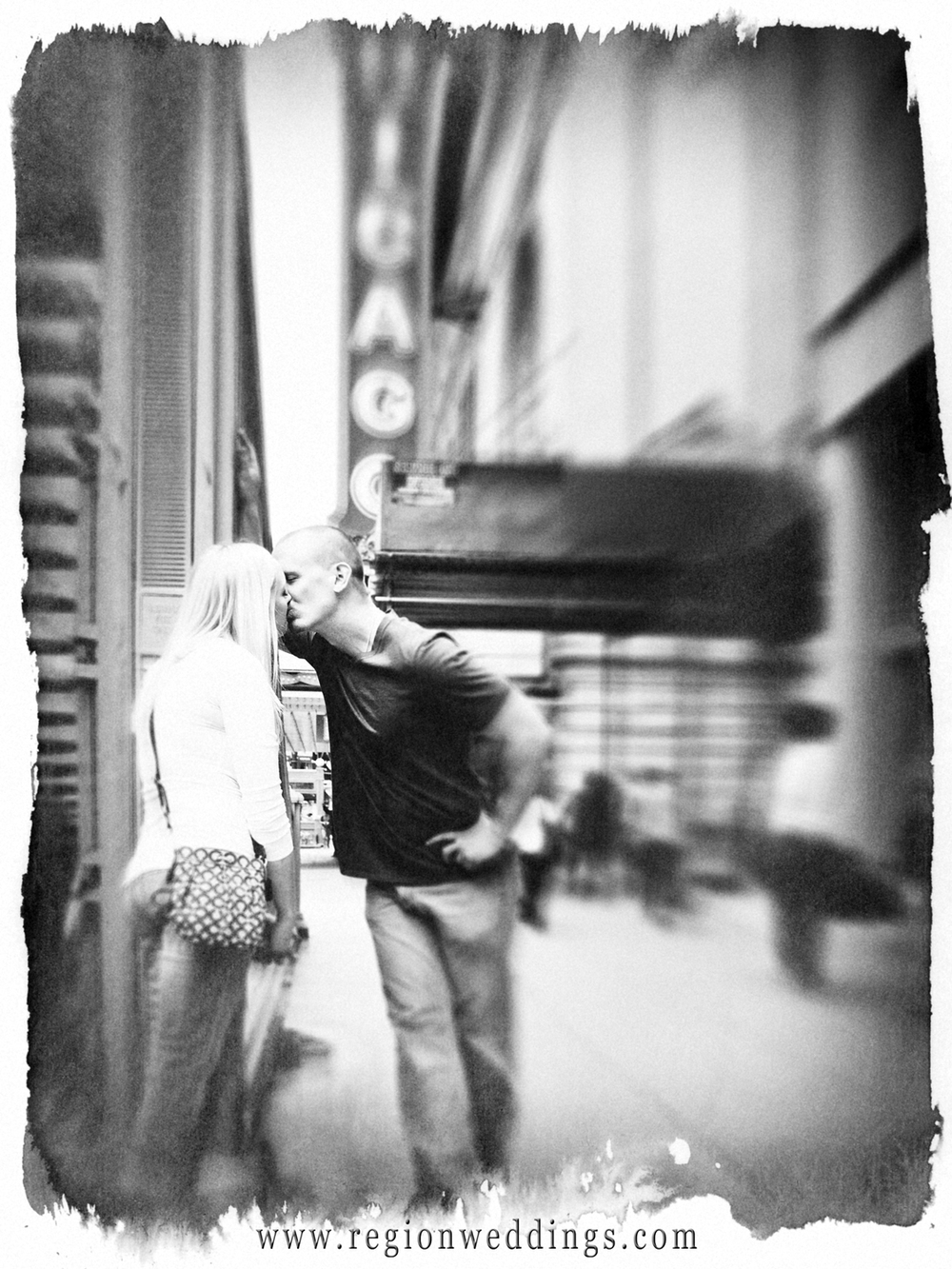 Smooching in Chicago