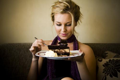 Free cake tasting at the Bride Blu Bridal Show