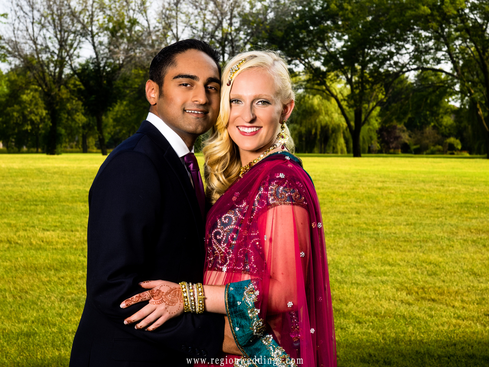 An Indian and American engaged couple.ngagemente