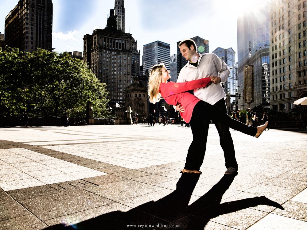 daley-plaza-dip-engagement-photo.jpg