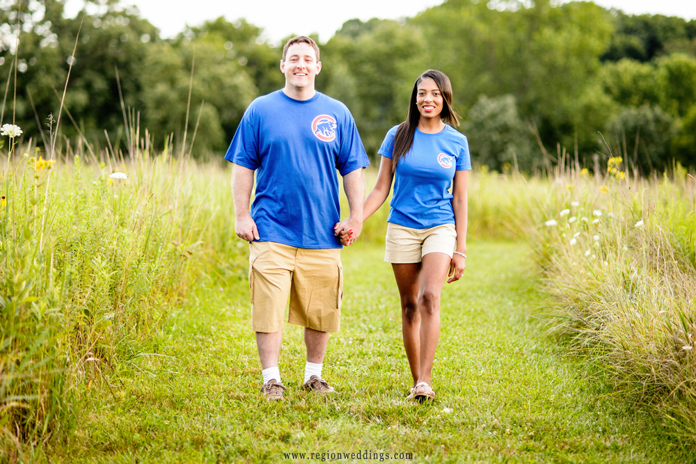 Chicago Cubs themed engagement photo.