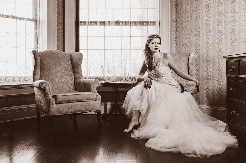 Modern bride portrait in a vintage tone.