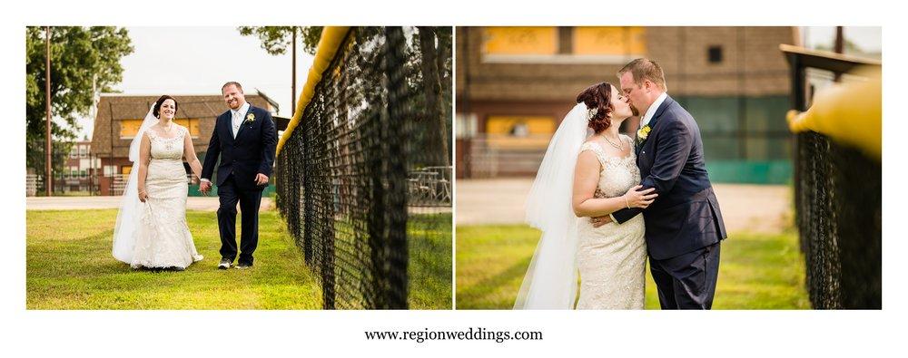 baseball-field-wedding-photos.jpg
