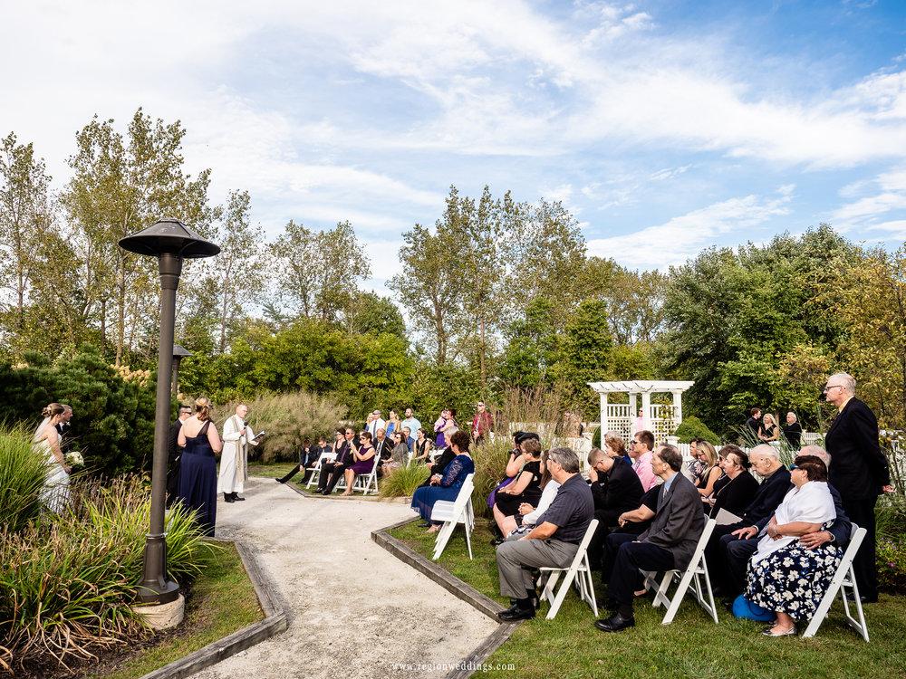 Outdoor wedding ceremony at Centennial Park.