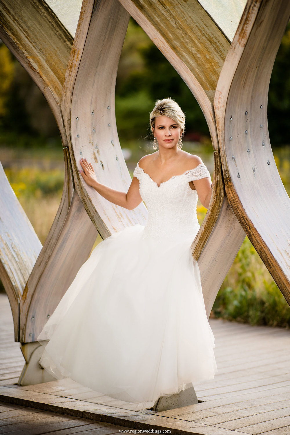 Bride at the Nature Boardwalk near Lincoln Park Zoo in Chicago.