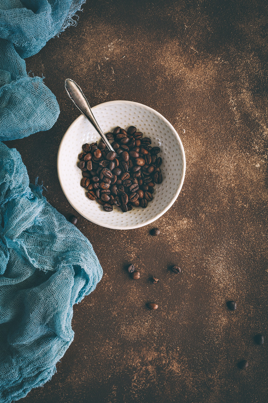 Gutschein für einen Fotountergrund - Ich habe einen Shop eröffnet in dem Food Blogger, Food- & Still Life Fotografen und auch Hobby Fotografen verschiedene Fotountergründe erwerben können. Als Materialien verwende ich einmal schöne, leichte MDF Platten und robustere Holzbretter. Die Oberflächen sind immer individuell gestaltet, von hell für den