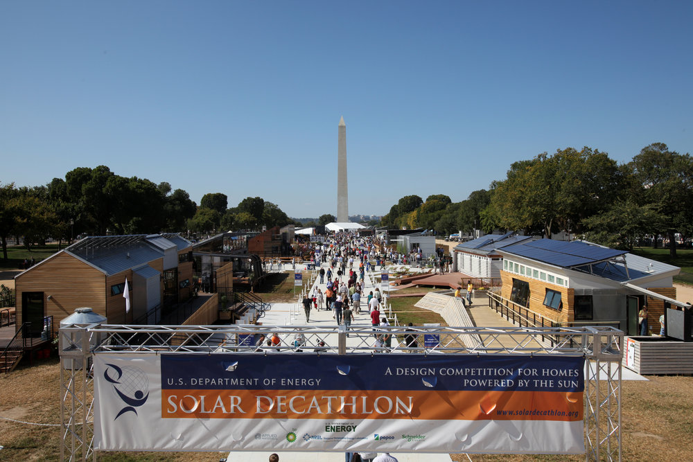 2009 U.S. Department of Energy Solar Decathlon on the National Mall in Washington, D.C., Friday, Oct. 09, 2009.  (Photo by Stefano Paltera/US Dept. of Energy Solar Decathlon)