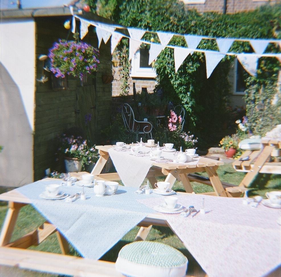 DIY wedding in the garden