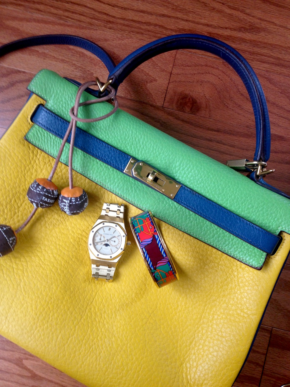 TriColor Kelly bag in Jaune, Vert Cru and Blue Thalassa.
