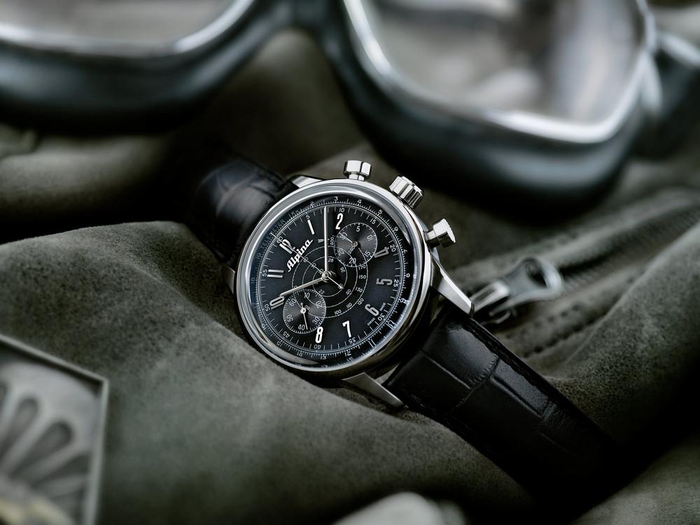 Alpina_Geneve_Alpina_130_Heritage_Pilot_Chronograph_Automatic-AL-860G4H6_002_SD.jpg